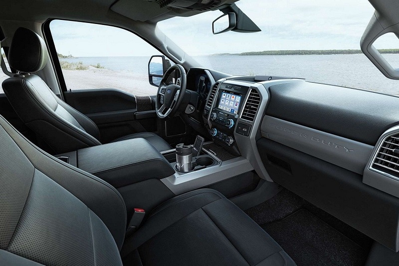 Interior - 2019 Ford Super Duty near Des Moines IA