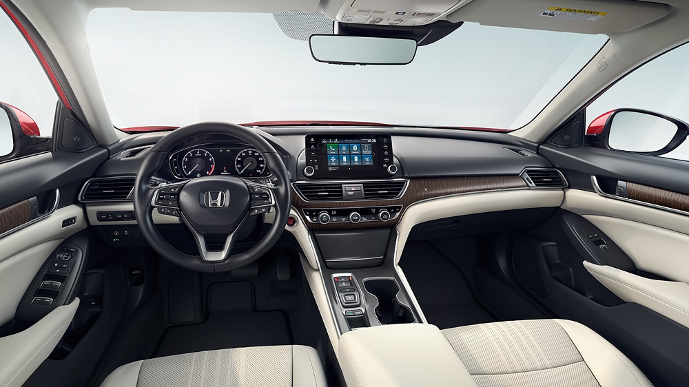 West Burlington IA - 2019 Honda Accord Interior