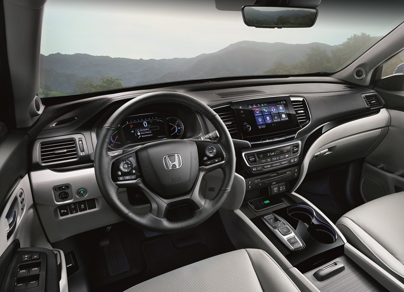 Interior - 2019 Honda Pilot near Iowa City