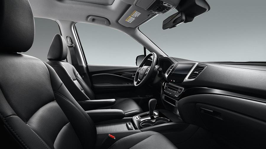 Interior - 2019 Honda Ridgeline near Davenport IA