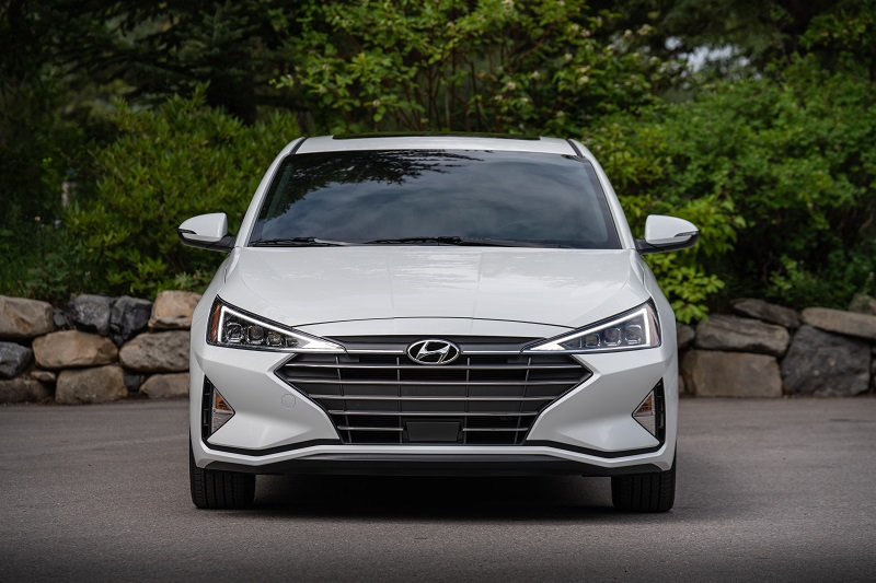 Choose 2019 Hyundai Elantra vs 2019 Honda Civic - Rhode Island