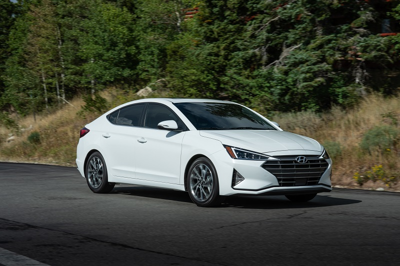 Used Car Dealers in Southfield MI 48033 - 2019 Hyundai Elantra