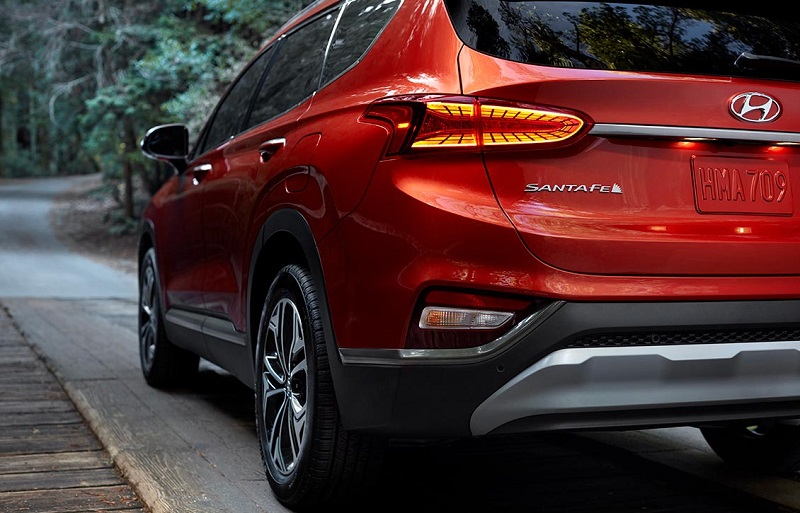 North Kingstown RI - 2019 Hyundai Santa Fe's Exterior