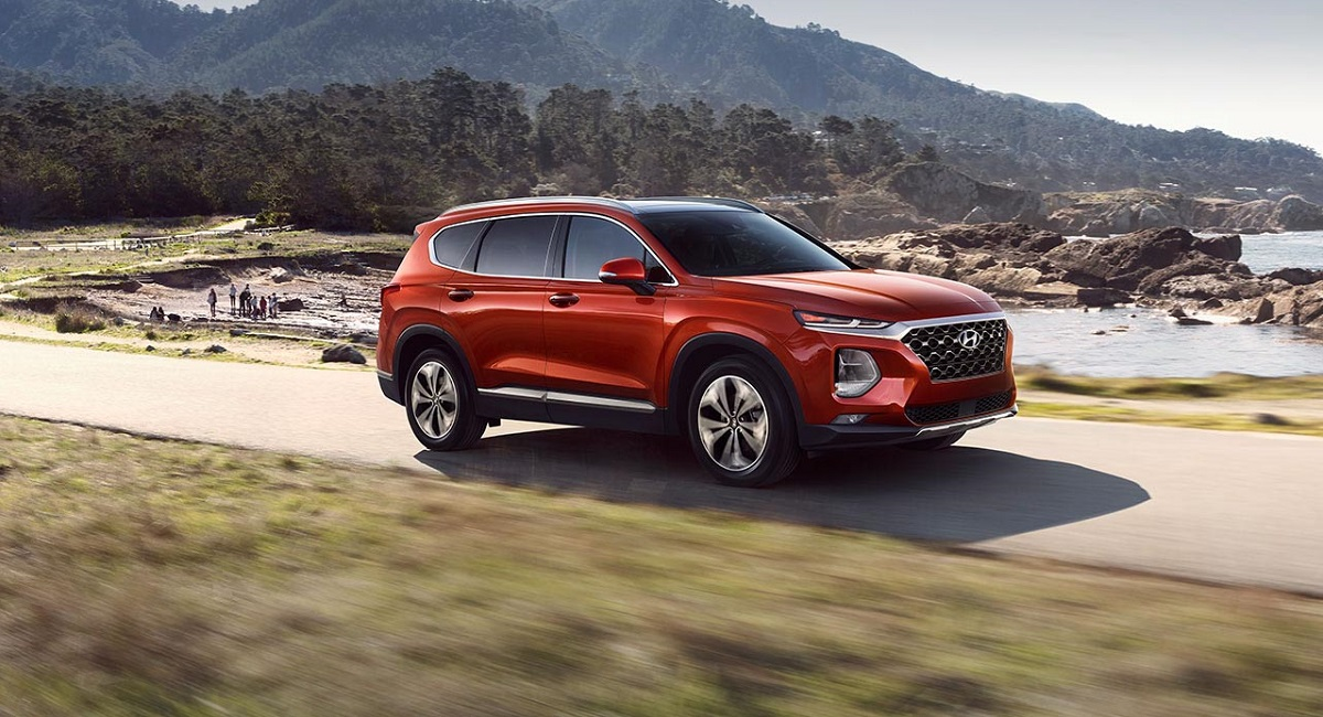 Research 2019 Hyundai Santa Fe in North Kingstown Rhode Island