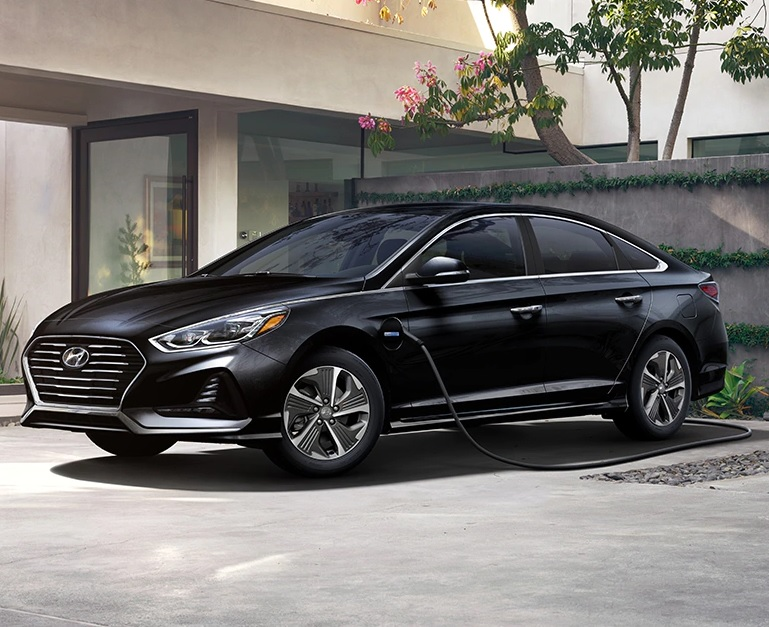 North Kingstown Rhode Island - 2019 Hyundai Sonata Hybrid