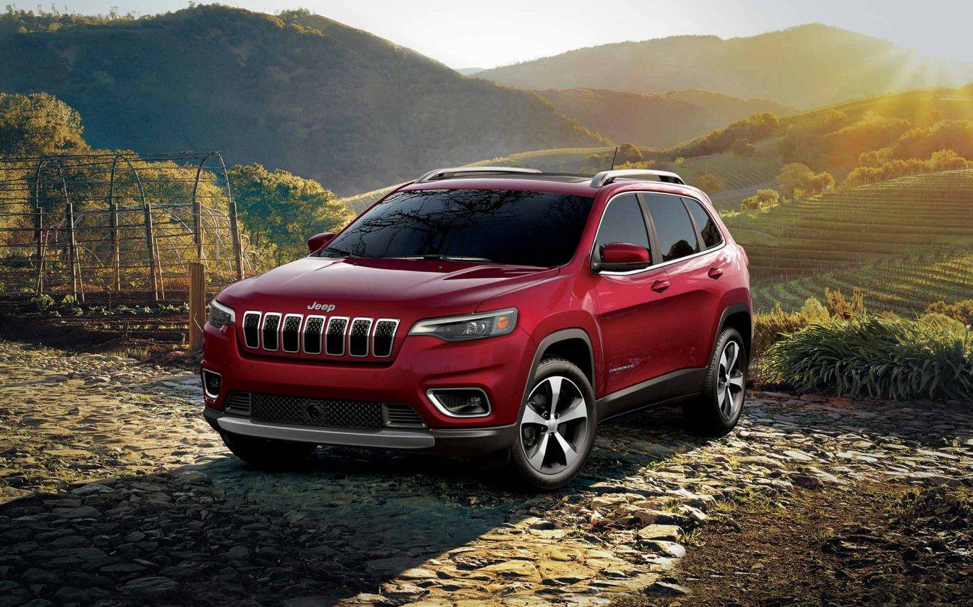 Quad Cities IA - 2019 Jeep Cherokee Exterior