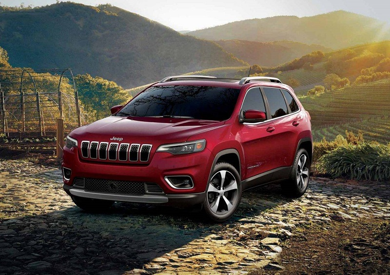 Clinton Iowa - 2019 Jeep Cherokee Exterior
