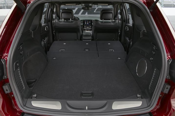 Wabash IN - 2019 Jeep Grand Cherokee's Interior