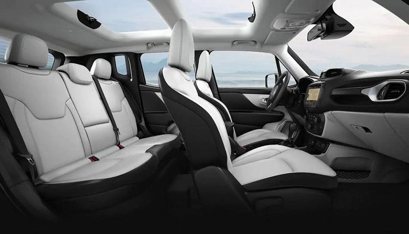 Longmont CO - 2019 Jeep Renegade's Interior
