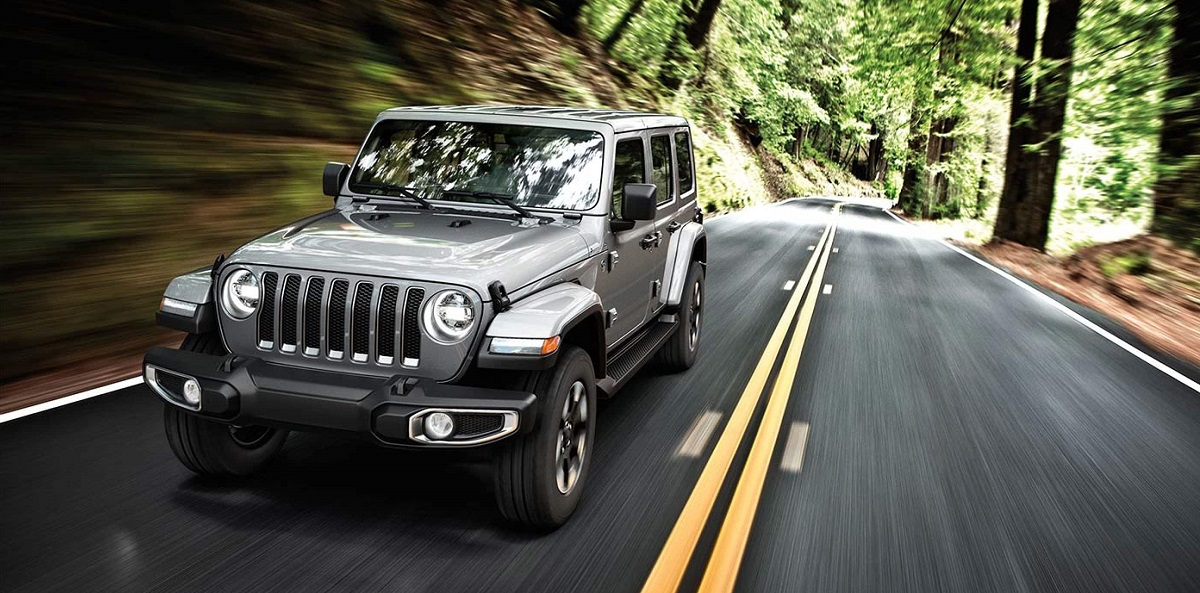 Research 2019 Jeep Wrangler near Waukegan IL