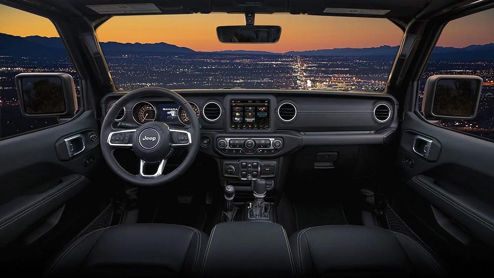 Gurnee IL - 2019 Jeep Wrangler's Interior