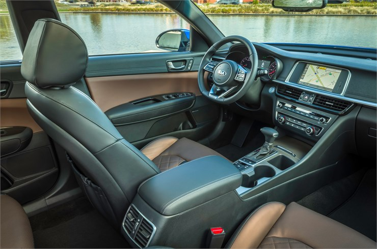 Clinton Township - 2019 Kia Optima's Interior