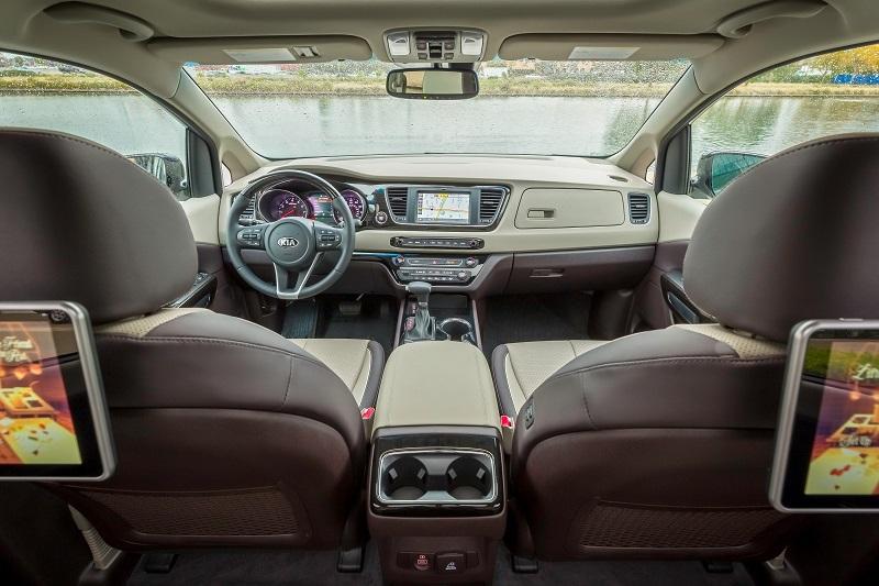 Auburn Hills Area - 2019 Kia Sedona's Interior