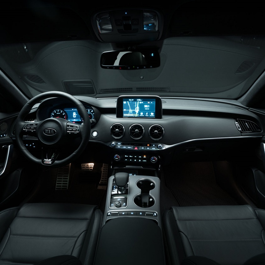 Littleton CO - 2019 Kia Stinger's Interior