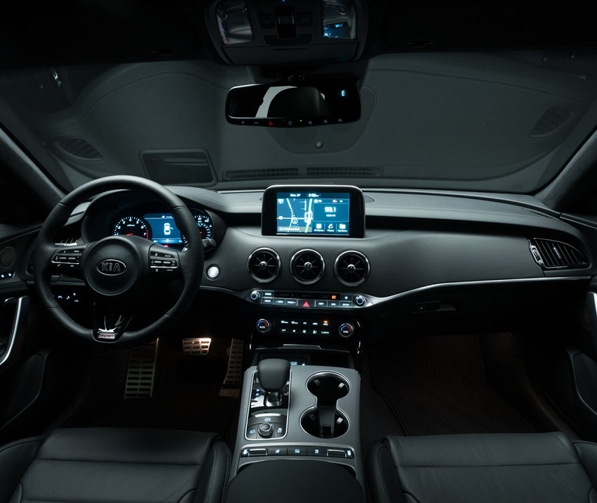Denver CO - 2019 Kia Stinger's Interior