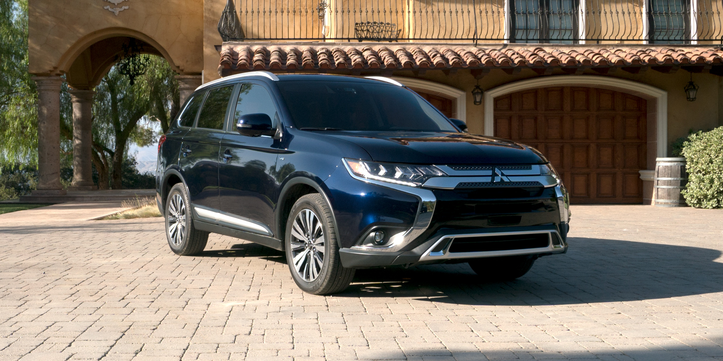 Why Lease 2019 Mitsubishi Outlander near Aurora CO