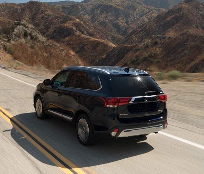 Denver CO - 2019 Mitsubishi Outlander's Exterior