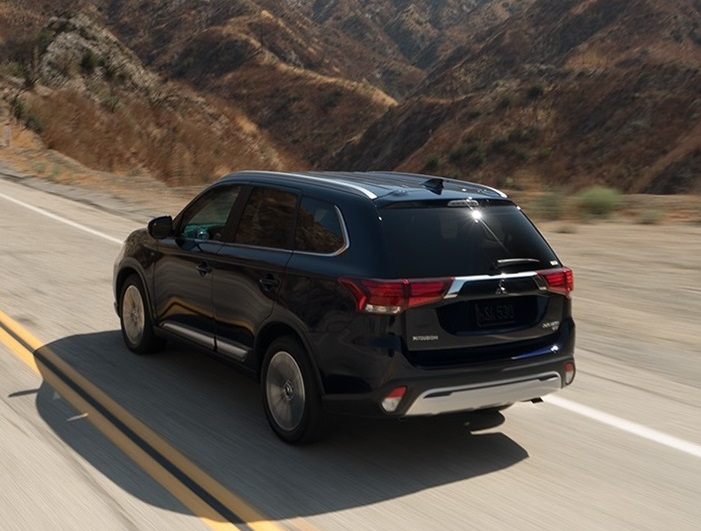 Mitsubishi dealer serving Aurora CO - 2019 Mitsubishi Outlander