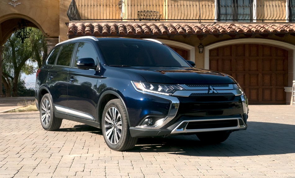 Arvada Area Mitsubishi Dealership - 2019 Mitsubishi Outlander