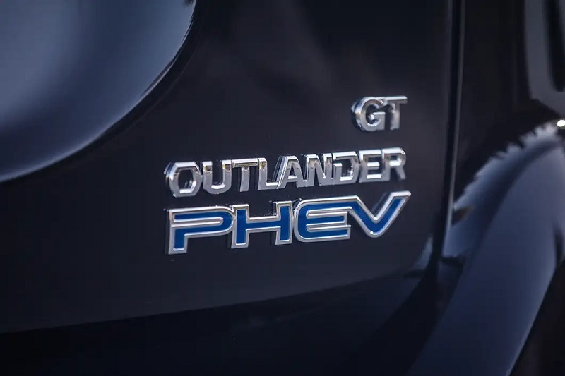 Thornton Colorado - 2019 Mitsubishi Outlander PHEV's Mechanical