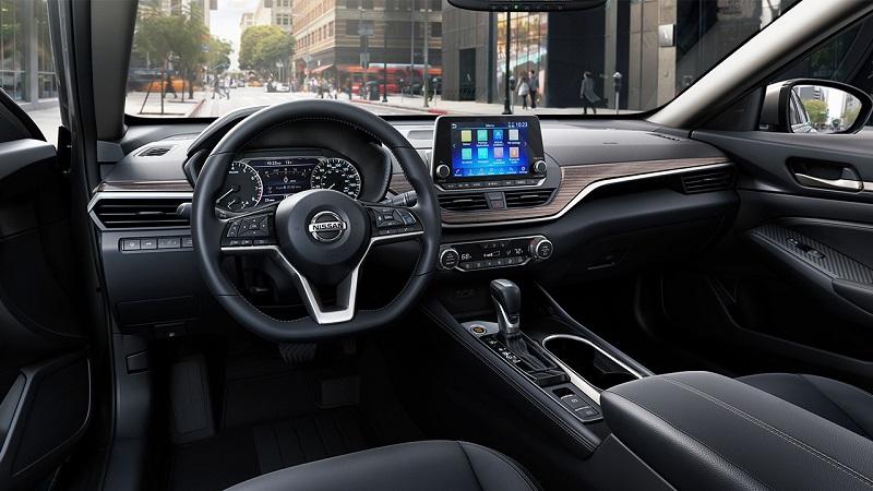 2019 Nissan Altima near Manhattan KS