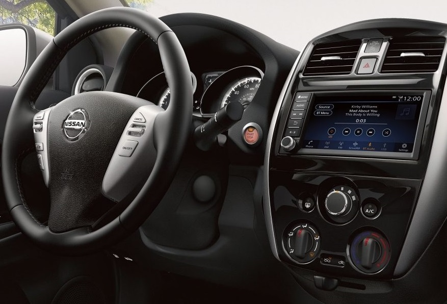 Interior - 2019 Nissan Versa Sedan near Tampa Bay FL