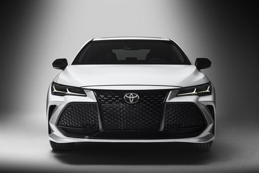 Warwick RI - 2019 Toyota Avalon's Overview