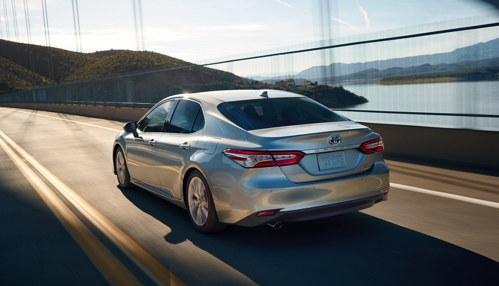 2019 Toyota Camry vs 2019 Ford Fusion - North Kingstown RI