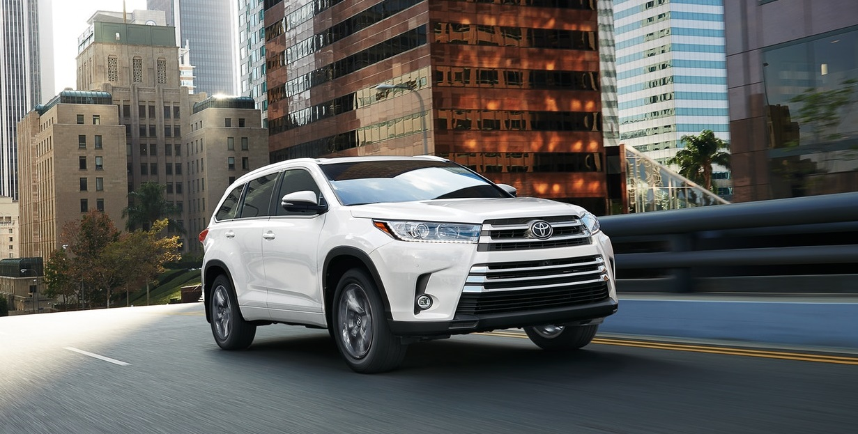 2019 Toyota Highlander in North Kingstown Rhode Island