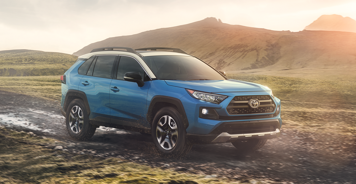 2019 Toyota RAV4 lease and specials in North Kingstown Rhode Island