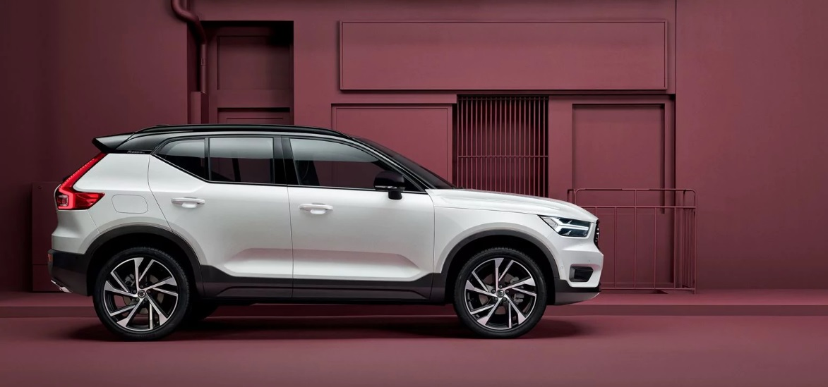Compare 2019 Volvo XC40 vs 2018 Volvo XC40 near Phoenix Arizona | Courtesy Volvo Cars of Scottsdale