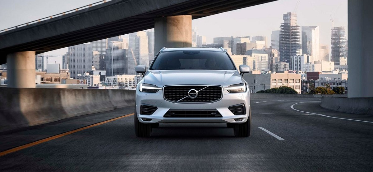 Test Drive 2019 Volvo XC60 in Scottsdale AZ