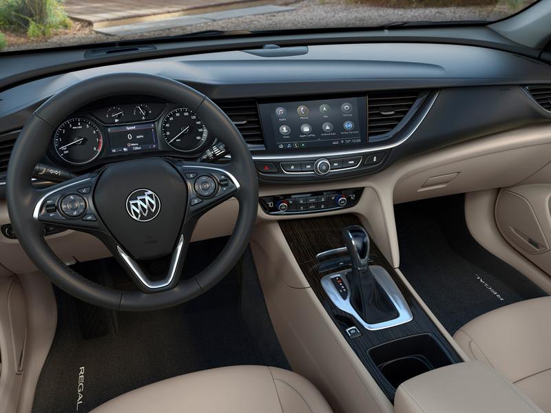 Maquoketa IA - 2020 Buick Regal Sportback Interior