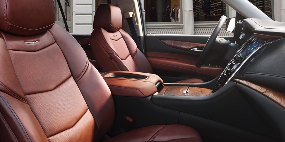 Maquoketa IA - 2020 Cadillac Escalade Interior
