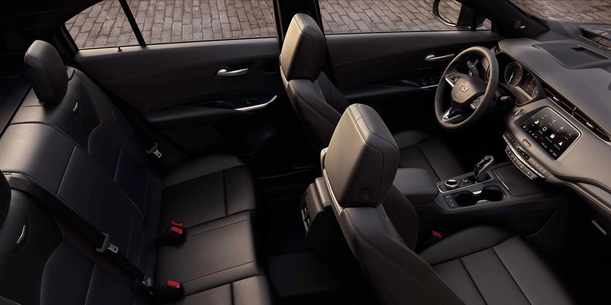 Maquoketa IA - 2020 Cadillac XT4 Interior