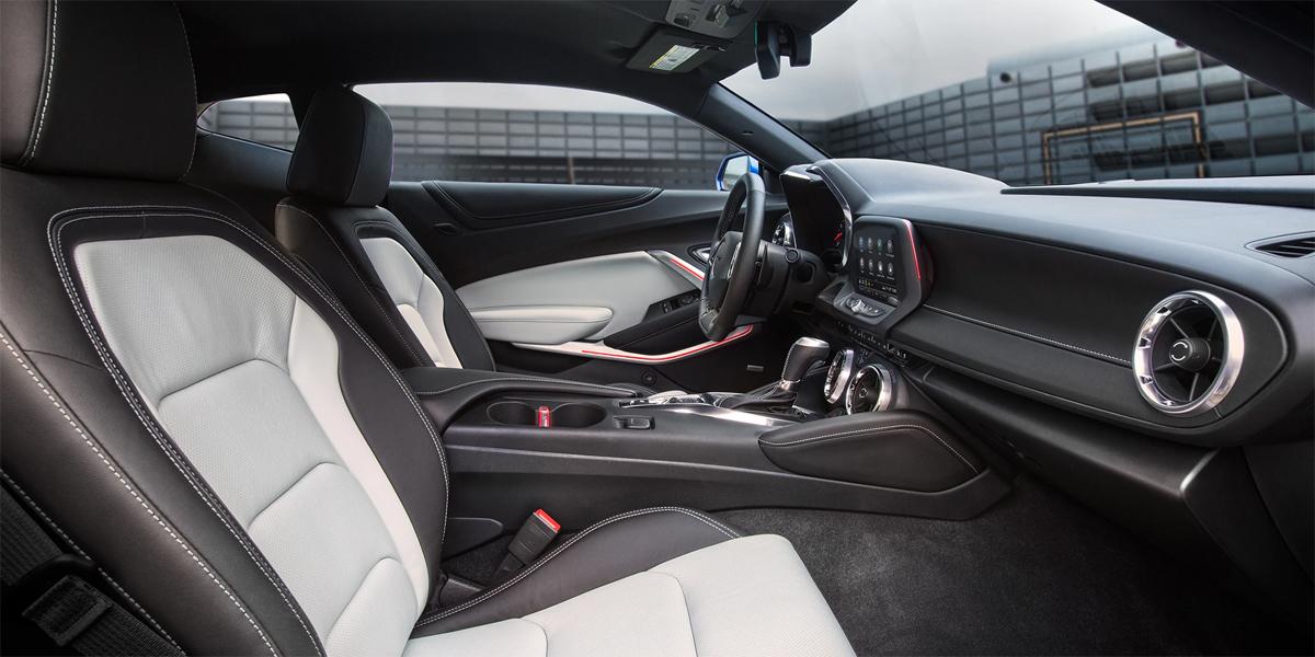 Austin TX - 2020 Chevrolet Camaro's Interior