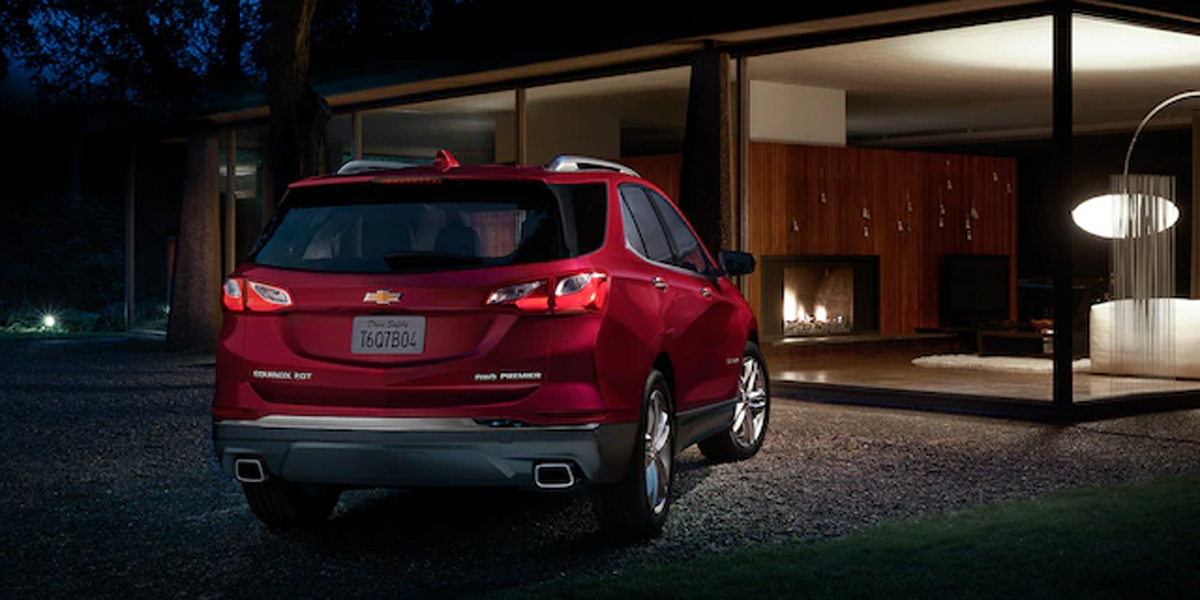Quad Cities IA - 2020 Chevrolet Equinox Exterior