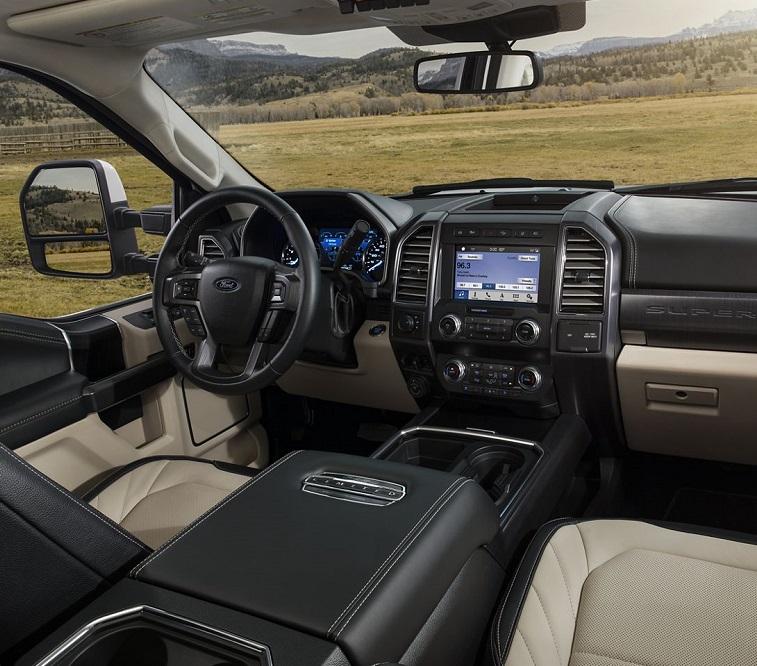 Maquoketa IA - 2020 Ford Super Duty Interior
