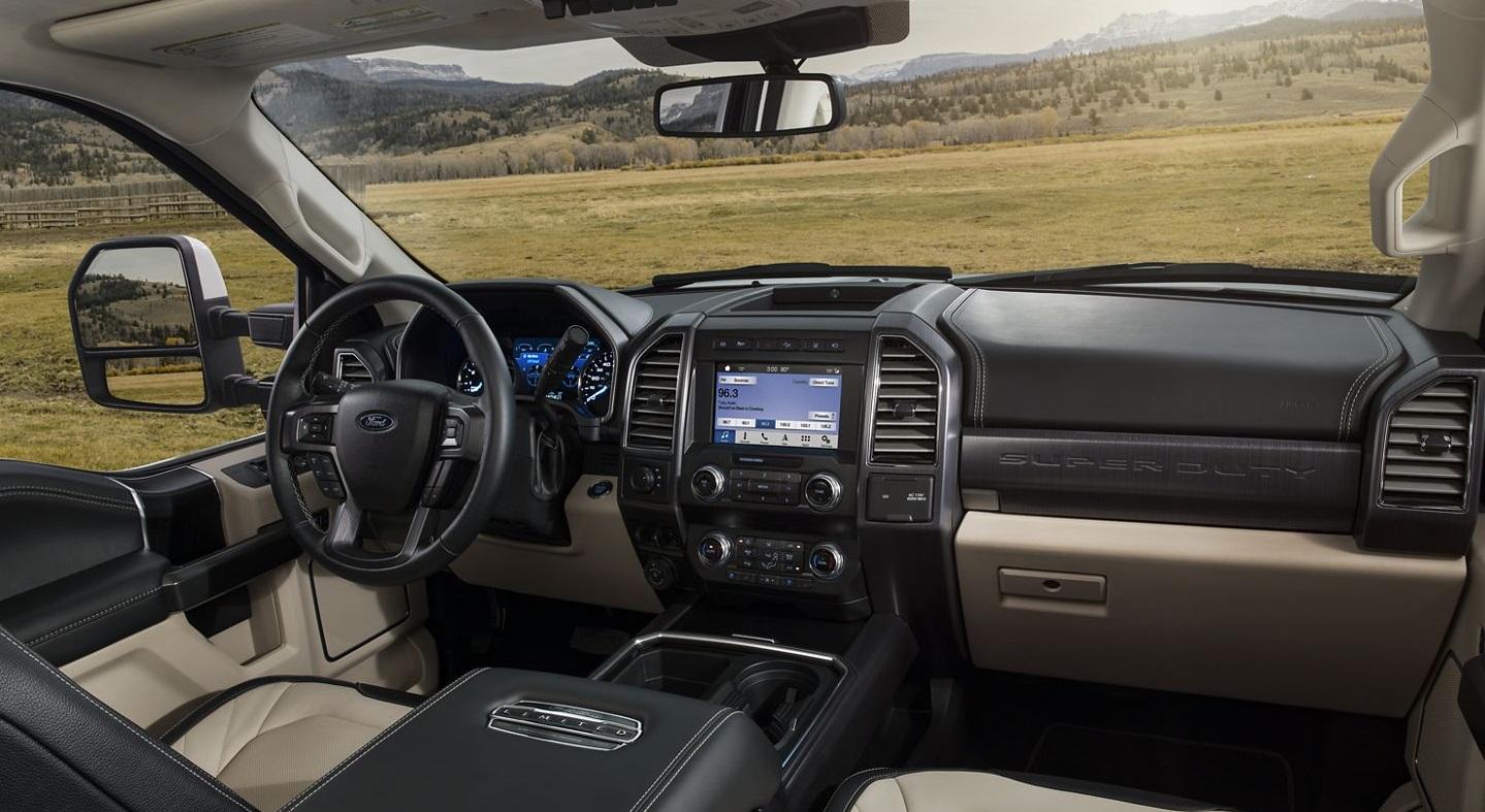 Maquoketa IA - 2020 Ford Super Duty's Interior