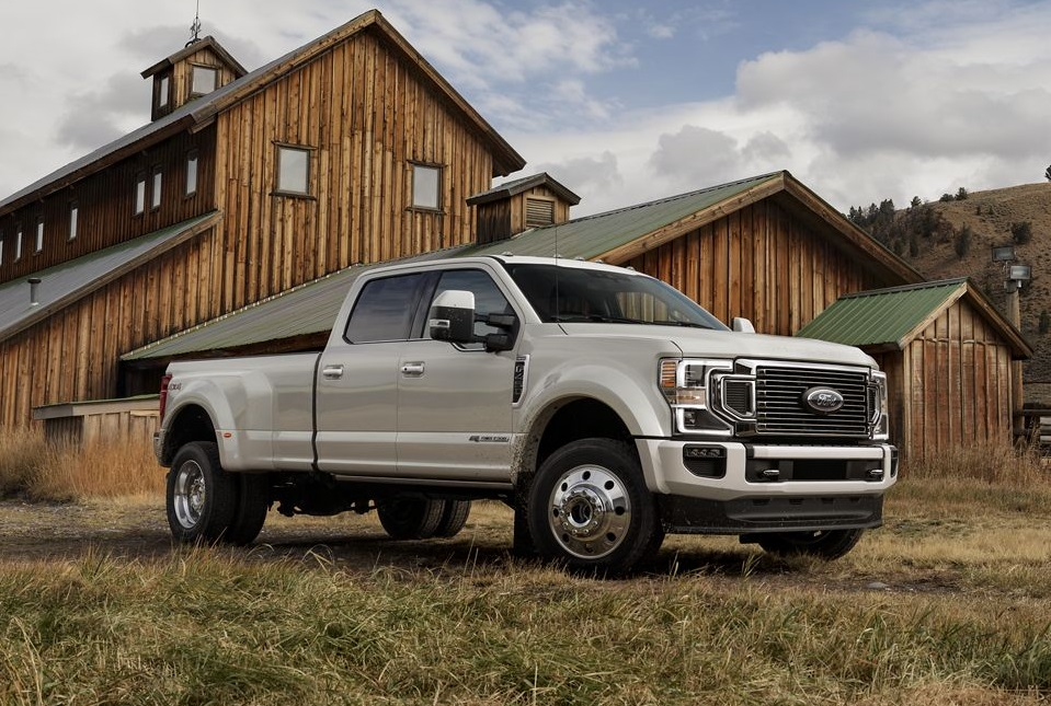 Research 2020 Ford Super Duty near Eldridge IA