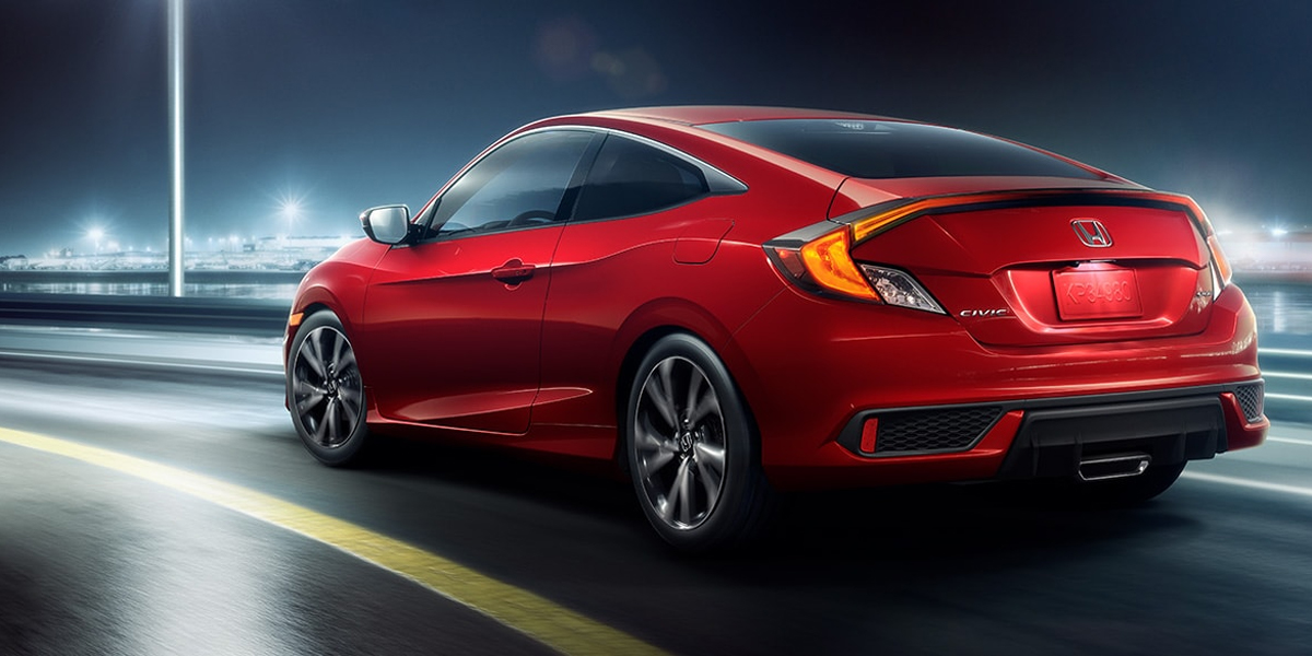 Research 2020 Honda Civic Coupe near Iowa City