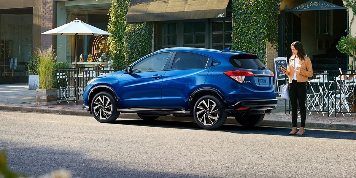 2020 Honda HR-V Lease and Specials near Quad Cities IA
