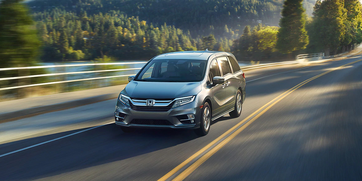 2020 Honda Odyssey vs 2020 Kia Sedona in West Burlington IA