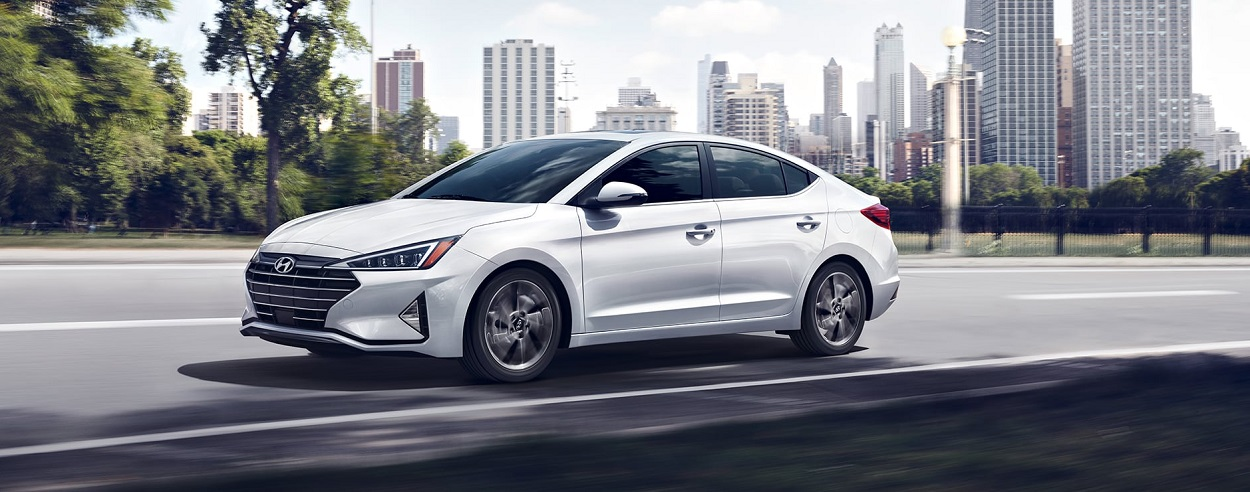 Research trim levels on a 2020 Hyundai Elantra near Aurora CO