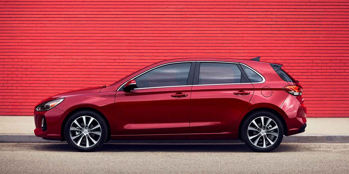 2020 Hyundai Elantra GT Lease and Specials in North Kingstown RI