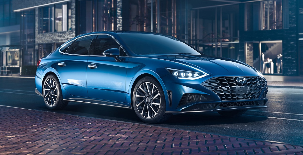 Research 2020 Hyundai Sonata in North Kingstown Rhode Island
