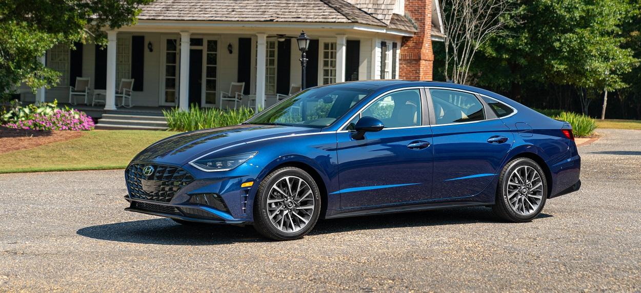 Research trim levels on a 2020 Hyundai Sonata near Cranston RI