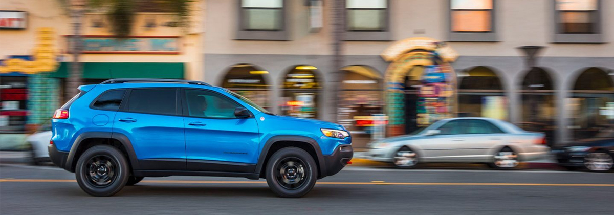 Research trim levels on a 2020 Jeep Cherokee near Anaheim CA
