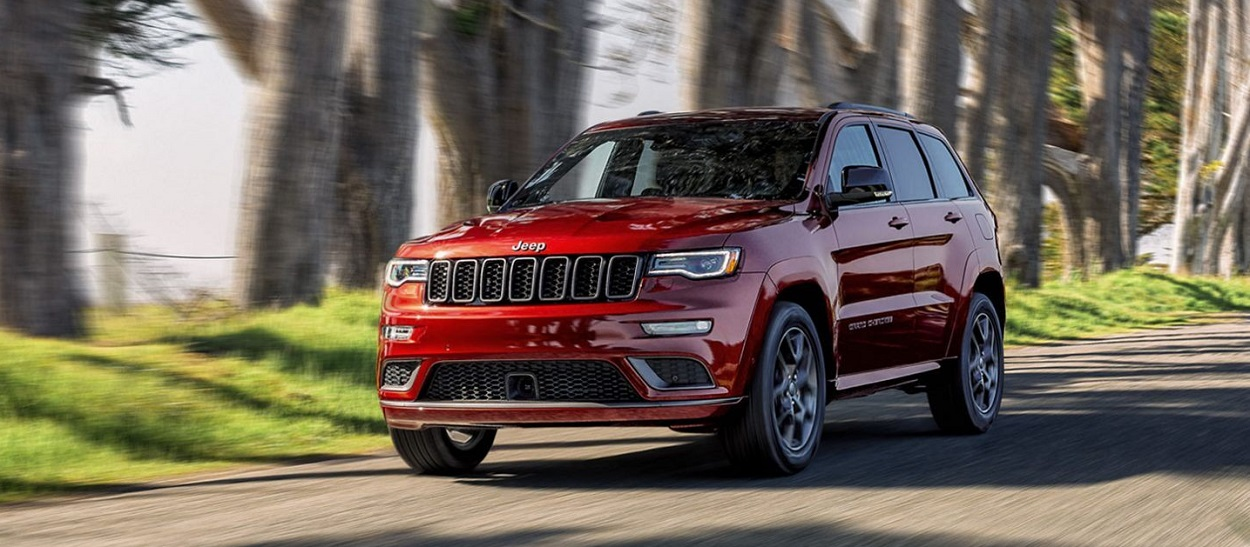 2020 Jeep Grand Cherokee near Alhambra CA is the midsize luxury SUV
