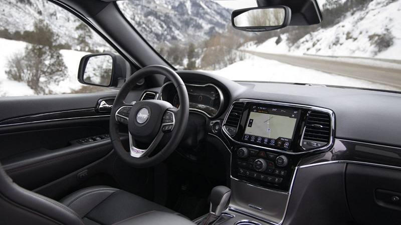 Los Angeles CA - 2020 Jeep Grand Cherokee's Interior